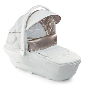 Chicco presenta su nueva línea de Sillitas de Bebé en su Versión más Sofisticada.White Label