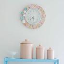 Manualidades fáciles para niños con tela. Cómo hacer relojes para decoración de interiores