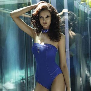 Bikinis 2011 con First Company... apúntate tú a la moda