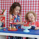 Cocinitas de madera para niños en los juguetes de Studio Petit