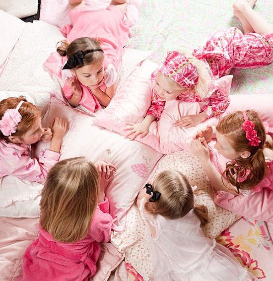 Fiesta de pijamas: ¡Las niñas podrán contarse sus secretos!