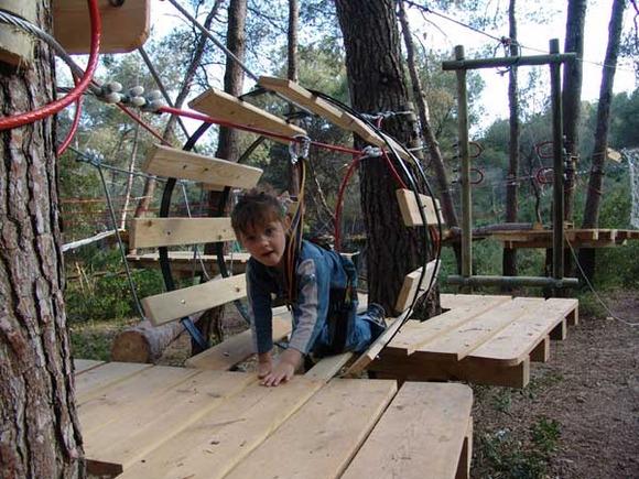 Parque de aventura y tirolinas en la Costa Dorada