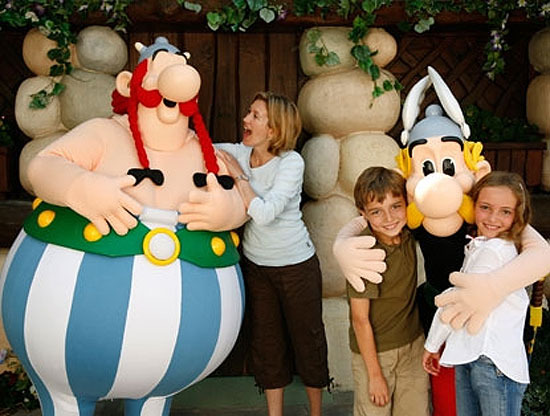 Obelix y todos los personajes de la galia te esperan en parís