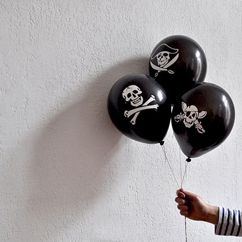 Globos para una fiesta de piratas