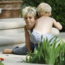Los niños en el Jardín. Juguetes, planes y diversión al aire libre.