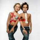 Keith Haring colabora con Tommy Hilfiger en una de las colecciones de zapatos para niños más divertidas