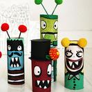 Muñecos hechos con tubos de papel higiénico