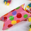 Cajas de cartón hechas con tubos de papel higiénico