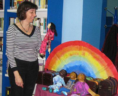Teatro de marionetas interactivo en Librería Leolo de Valencia