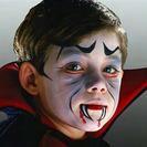 Maquillaje infantil de vampiro para Halloween