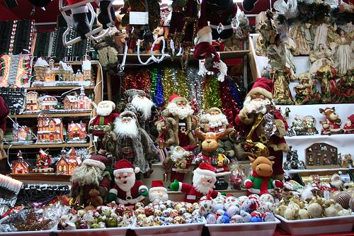 Tradicional mercadillo navideño en Madrid