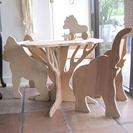 Muebles de madera para dormitorios de bebé en Paloma's Nest