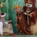 Juegos con esculturas para niños en el Centro Cultural Conde Duque