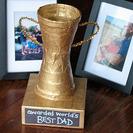 La copa de oro al mejor papá del mundo