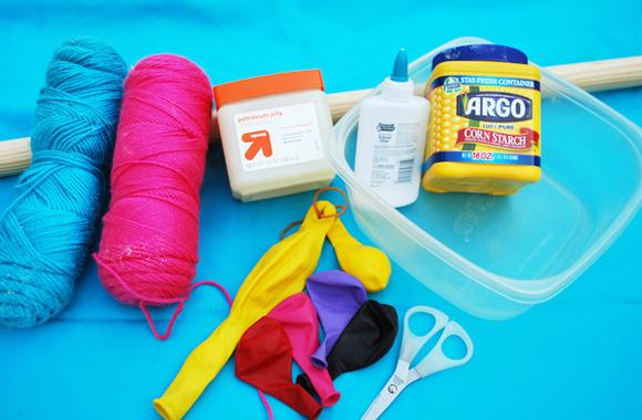 Materiales para hacer los globos de lana