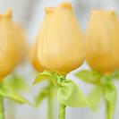 Piruletas de tarta con forma de flores