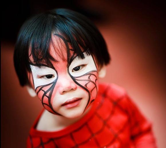 Cómo Maquillar a un niño de Spiderman