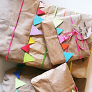 Ideas para envolver regalos con papel Kraft