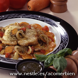 Pollo con salsa de verduras (Esprragos)