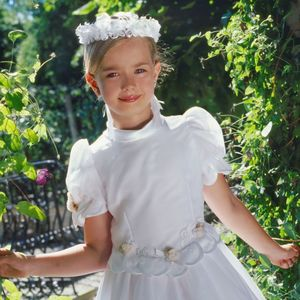 Alquiler de Vestidos y Trajes de Comunión: Santa Sofía