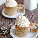 Tazas de galleta con café