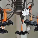 Murciélagos y fantasmas de cartón para decorar la casa