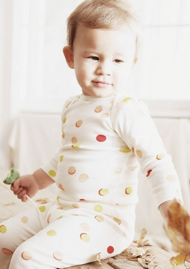 Ropita de pijama para los bebés y niños de la casa