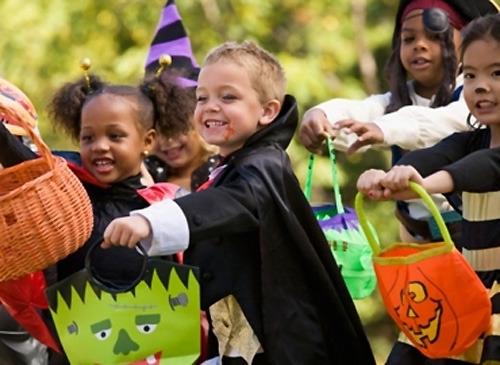 Disfruta de un Halloween inolvidable con Jugalia