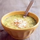 Sopa de pollo, curry y coco