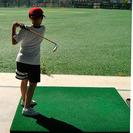 Un campamento de verano para futuros golfistas