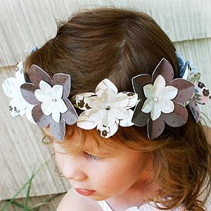 Corona de flores para princesas. Manualidad para niños