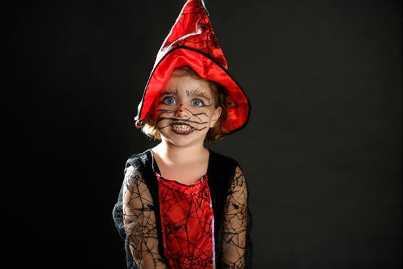 Maquillaje de bruja para niñas. Halloween 2010