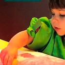 Estimular a los niños pintando esponjas