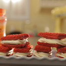 Falsos sandwiches helados de red velvet