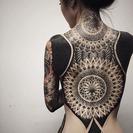Blackout tattoos: Tatuajes que lo cubren todo