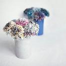 Cómo hacer flores de papel con revistas viejas