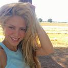 Gerard Piqué pilla a Shakira intentando hacerse un selfie