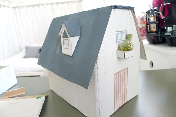Casa de carton manualidades imagui - Casas de fieltro ...