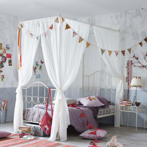 House help dormitorios infantiles muy originales - Doseles para camas infantiles ...