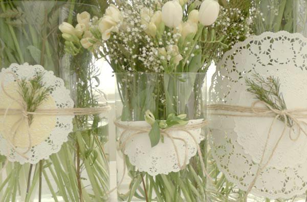 Blondas on pinterest bodas ideas para and mesas - Como decorar un salon para comunion ...