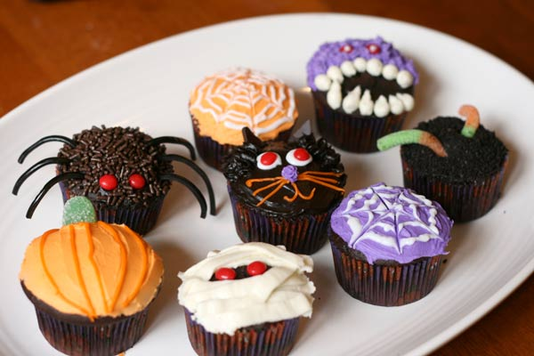 Halloween Cupcakes Decorating Ideas Galleries : Como decorar cupcakes de Halloween. - Especial Halloween ...