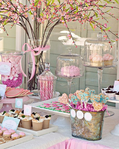 C mo decorar tu mesa de primera comuni n d as inolvidables - Como decorar una comunion ...