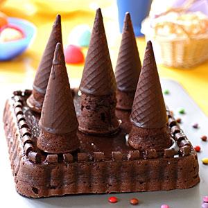 Fiesta y chocolate eventos celebra un gran momento for Como decorar una torta facil y rapido