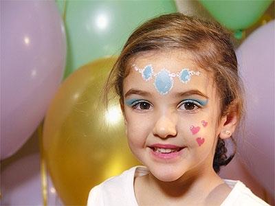 Maquillaje de princesa Jasmín para niñas