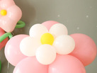 Cmo hacer una flor con globos de colores